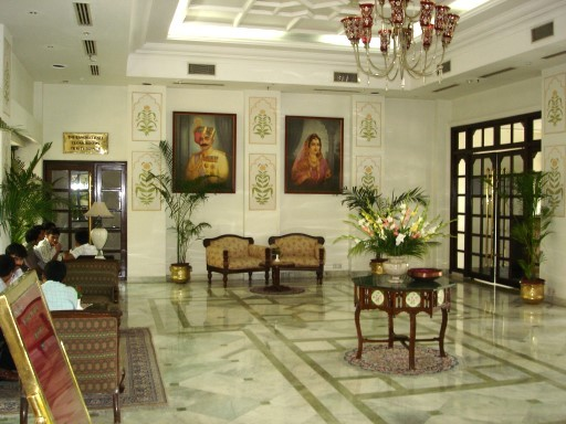 Example: Hotel lobby according to Vastu Shastra